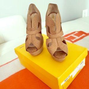 Fendi 37.5 heels